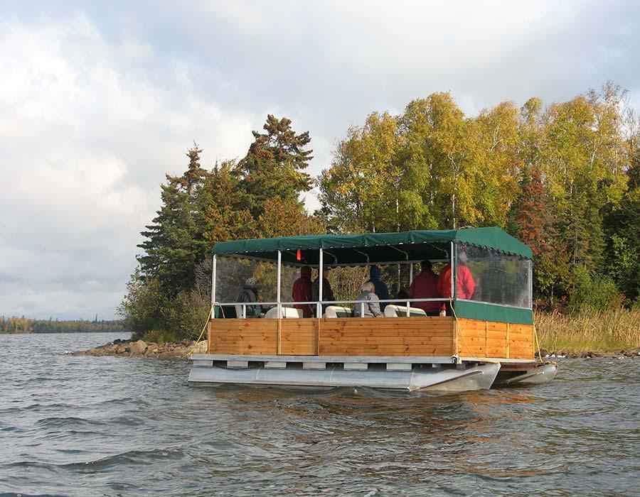 nature-adventure-pontoon-tour